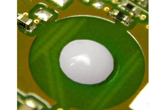 Heißverstemmsystem Anwendungen- umzuformendes Material: PA6-GF30